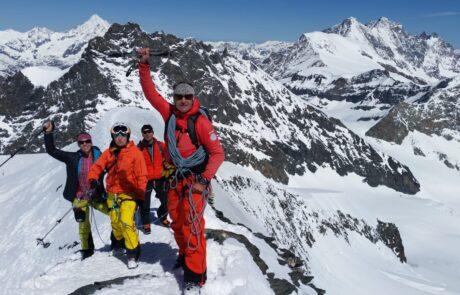 Skitouren_4000er_Saas_Fee
